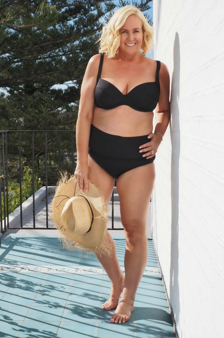 Jets DD/E underwire bikini top | Overlay bikini bottom (rolled up)