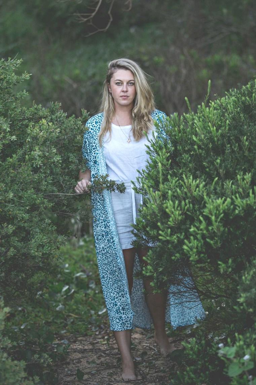 iLAND.CO blue leopard print silk blend kimono