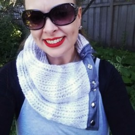 grey-loom-knitted-scarf