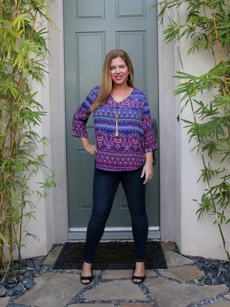 Stitch Fix January 2017 Review- Renee C Goldhaber V-Neck Blouse and Level 99 Shauna Skinny Jean #stitchfix #fashion #style
