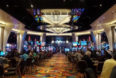 Hollywood Casino Brings Vegas to San Diego #sandiego #hollywoodcasino #restaurants