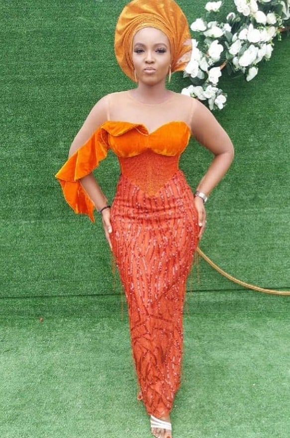Trendy and Fascinating styles for aso-ebi  Owambe this month