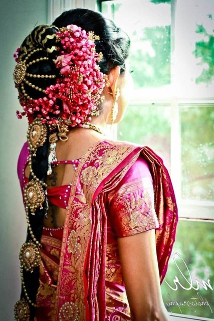 Simple South Indian Hairstyles For A Gracious Look