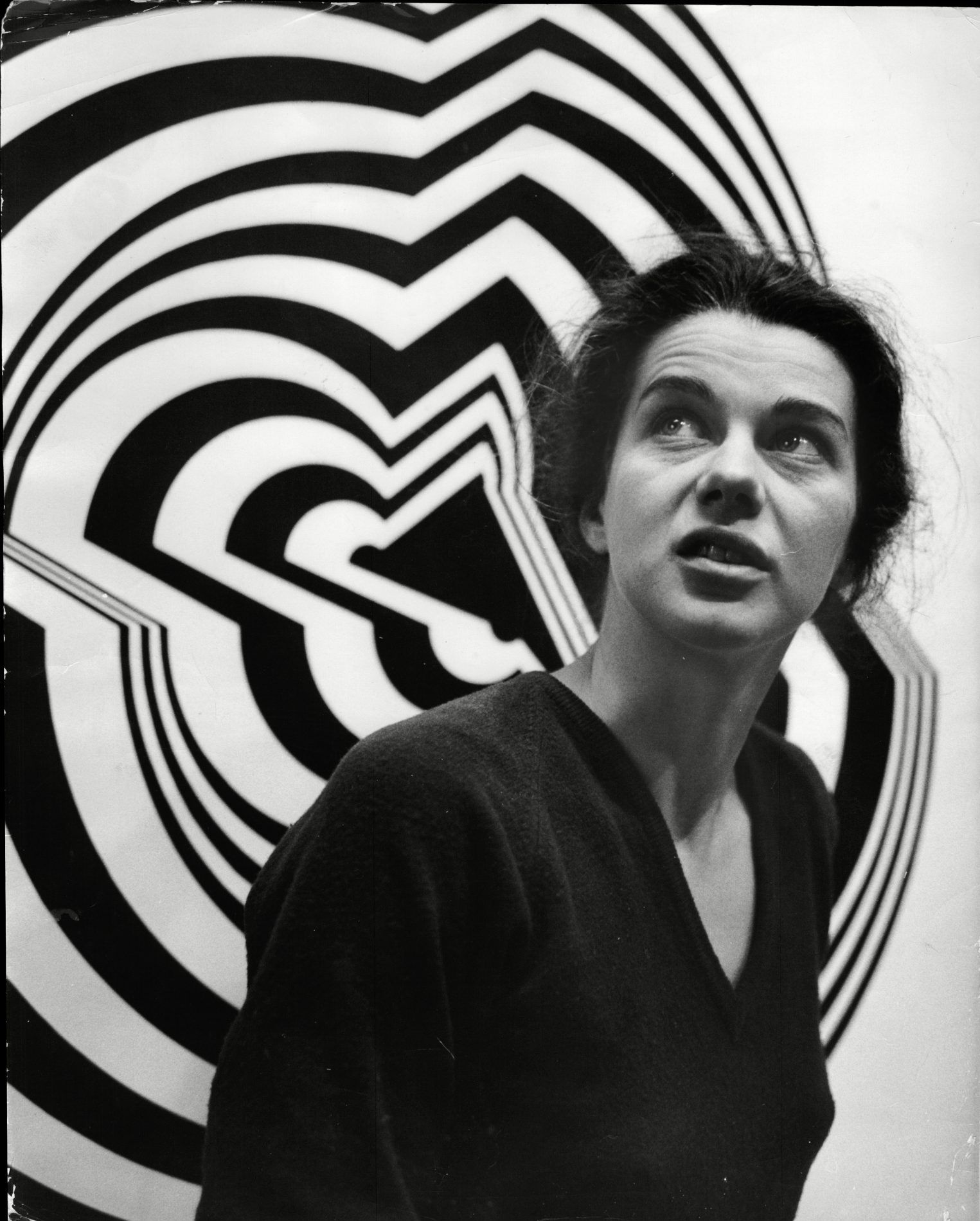 Bridget Riley S Artwork Is Here To Give Your Eyeballs A