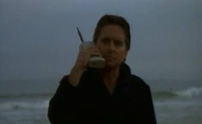 """The Brick: il """"mattone"""" Motorola fu il primo cellulare in vendita"""