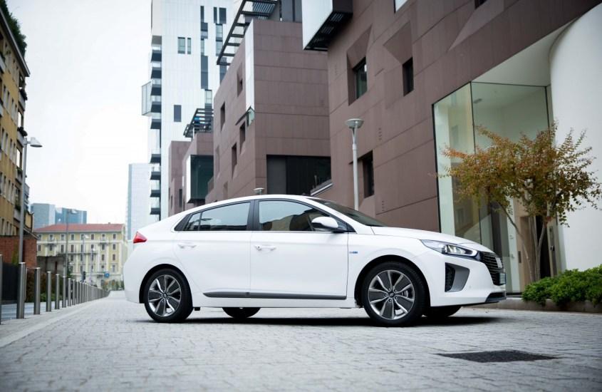 Hyundai IONIQ: ecosostenibilità e stile alla portata di tutti