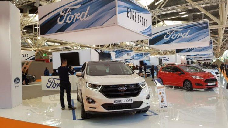 Lo stand Ford al Motor Show di Bologna
