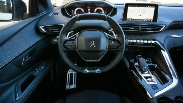 Peugeot i-Cockpit: ecco come usare Apple CarPlay