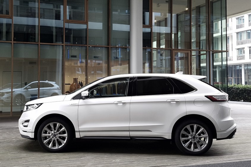 Ford Edge Vignale Milan Fashion Week