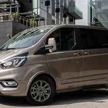 ford tourneo custom tecnologia