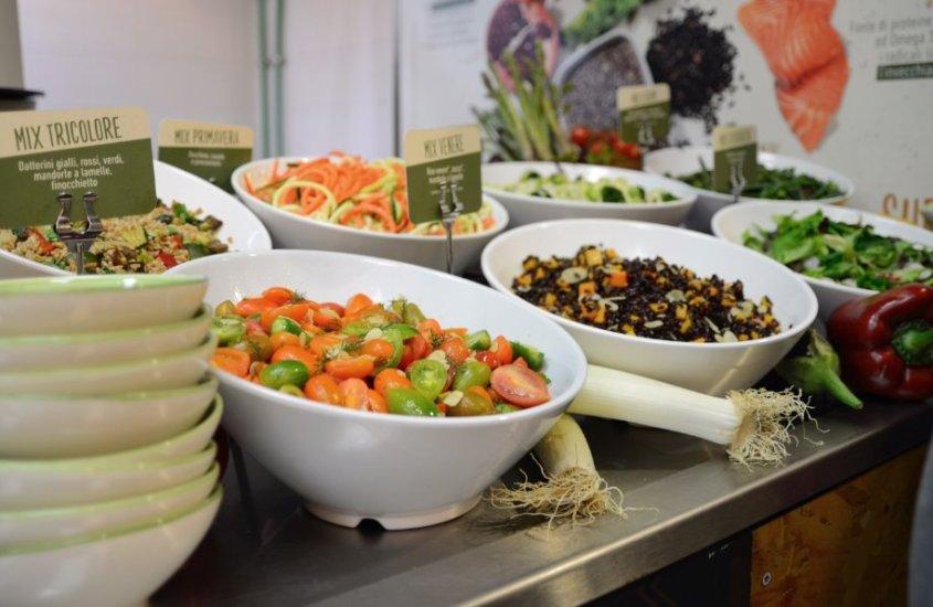 Autogrill rinnova l'offerta: ecco i nuovi panini e le insalate Super Life