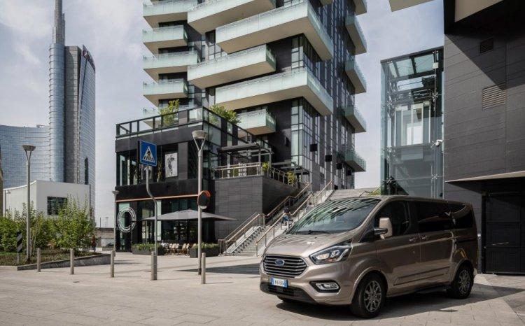 Ford Tourneo Custom Versatilità