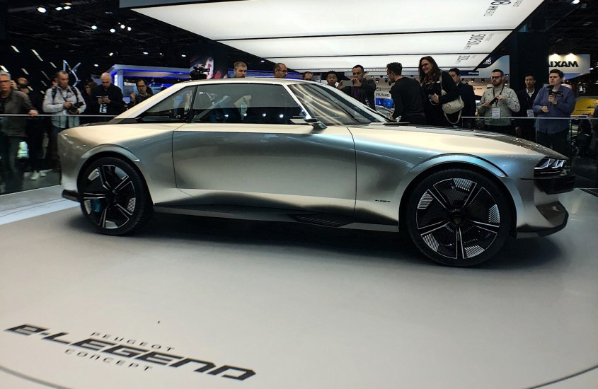 Peugeot e-Legend Concept: il futuro è già tra noi