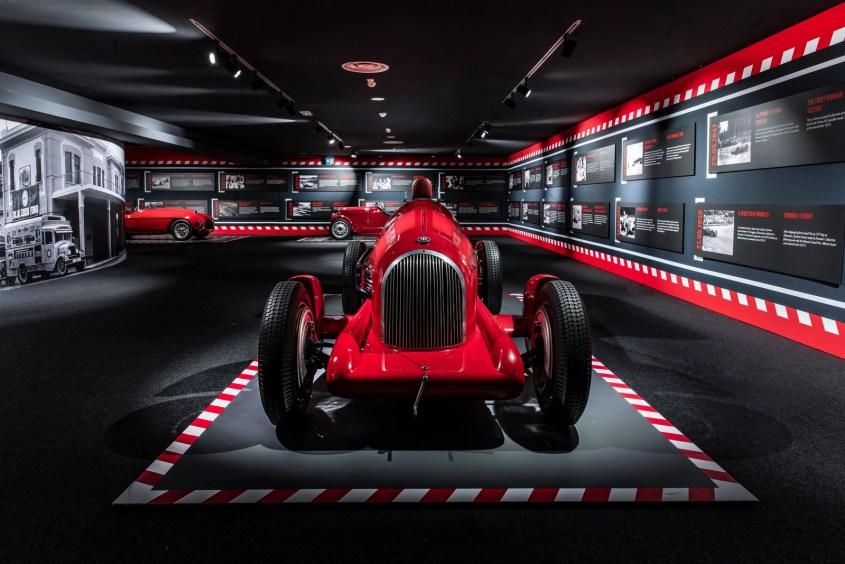Scuderia Ferrari 90 anni