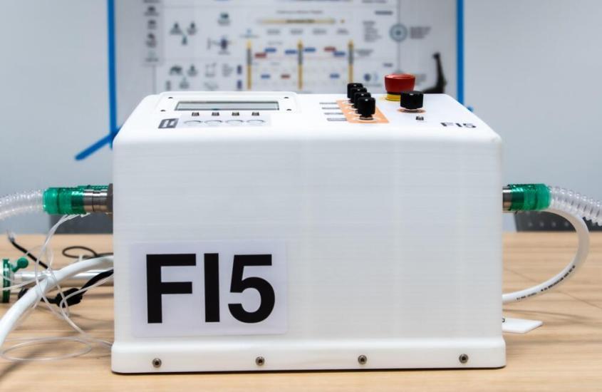Pronto il respiratore polmonare Ferrari, si chiama FI5 ed è un progetto Open