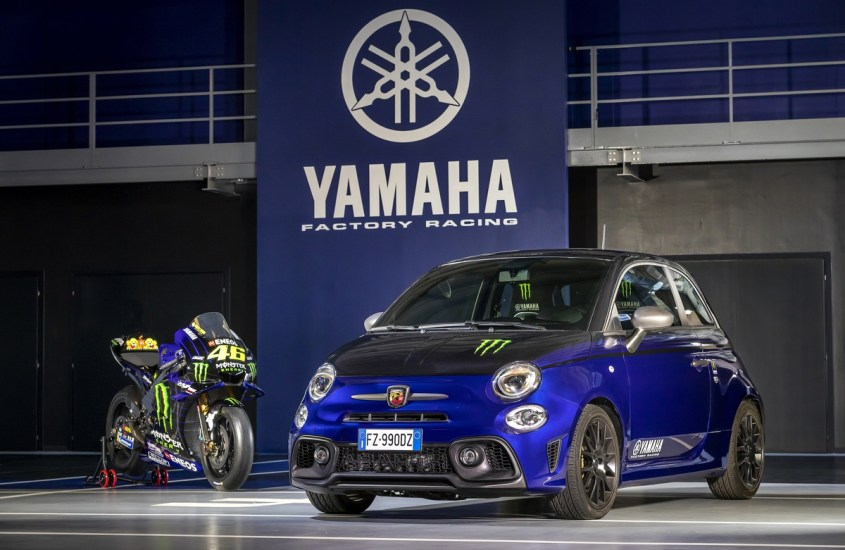 Abarth 595, le serie speciali Scorpioneoro e Monster Energy Yamaha