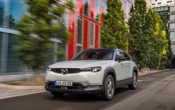 elettrificazione auto Mazda