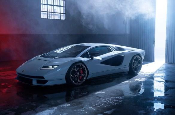 Lamborghini-Countach_LPI_800-4-profilo