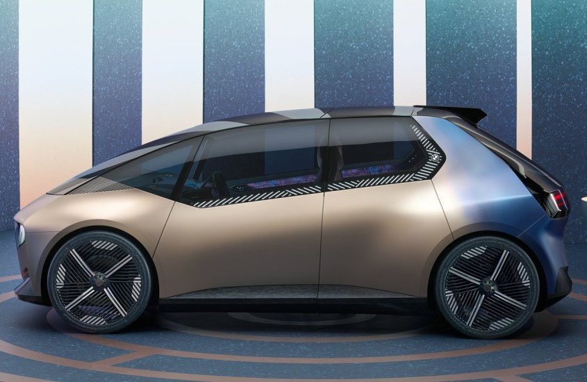 BMW i Vision, sostenibilità e lusso allo IAA Mobility di Monaco