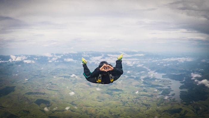 Os primeiros passos no paraquedismo