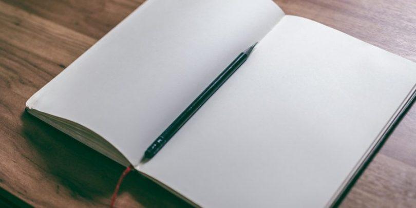 Livro em branco, para começar a escrever uma nova história.