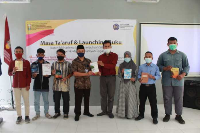 PMT Tegal Launching 8 Buku Karya Sastra Indonesia