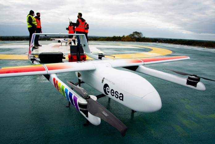 Ex-fighter pilots' world-beating course trains civilian drone pilots to fly their drones on mercy missions even from 1000's of miles away - sUAS Information 4