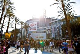 wondercon 2014 convention arena hall