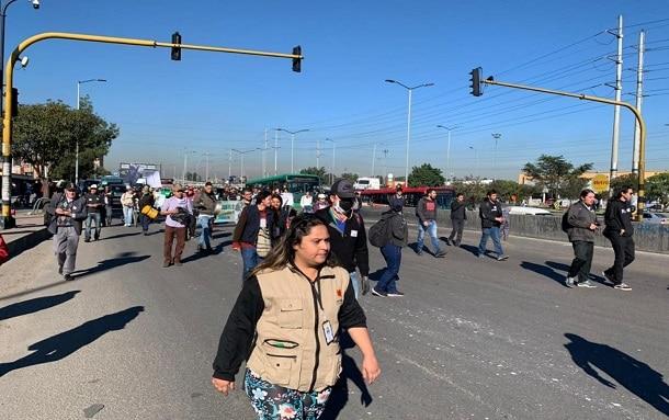 Plantón-Movilización Avenida Ciudad de Cali con calle 139 Suba