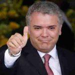 Duque se vacunaría con AstraZeneca para generar confianza en los colombianos