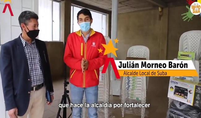 Alcalde de Suba Julián Moreno, entrega kit logístico y tecnológico a 7 juntas de acción comunal