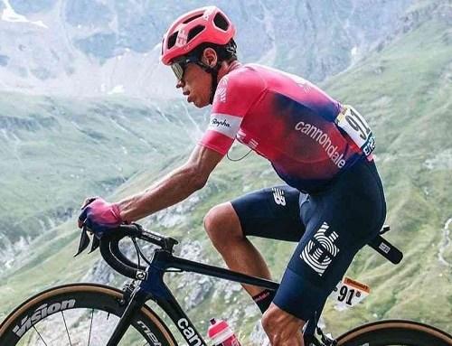 Rigoberto Urán gana la segunda crono, Richard Carapaz conserva el amarillo en el Vuelta a Suiza
