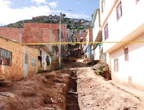 Se continúa con la entrega de adoquines, cemento y trabajo comunitario en la comuna cuatro en Soacha