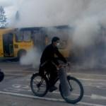 Queman bus nuevo a gas con tecnología Euro VI frente al humedal Juan amarillo en Suba