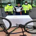 Capturado sujeto por robar una bicicleta en Suba cerca al C.C. Plaza Imperial