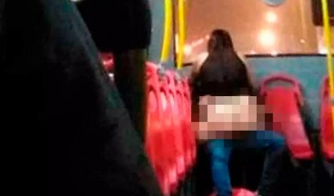 Pareja pidió permiso a conductor de SITP para tener relaciones dentro del bus
