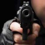 Dos los ladrones armados con pistolas robaron un bus en la vía Bogotá-Cota