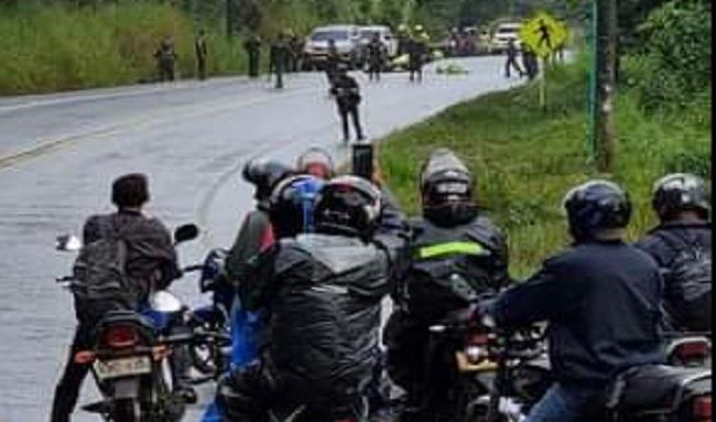 Dos policías acaban de ser asesinados en la vía Panamericana entre Santander de Quilichao en el Cauca