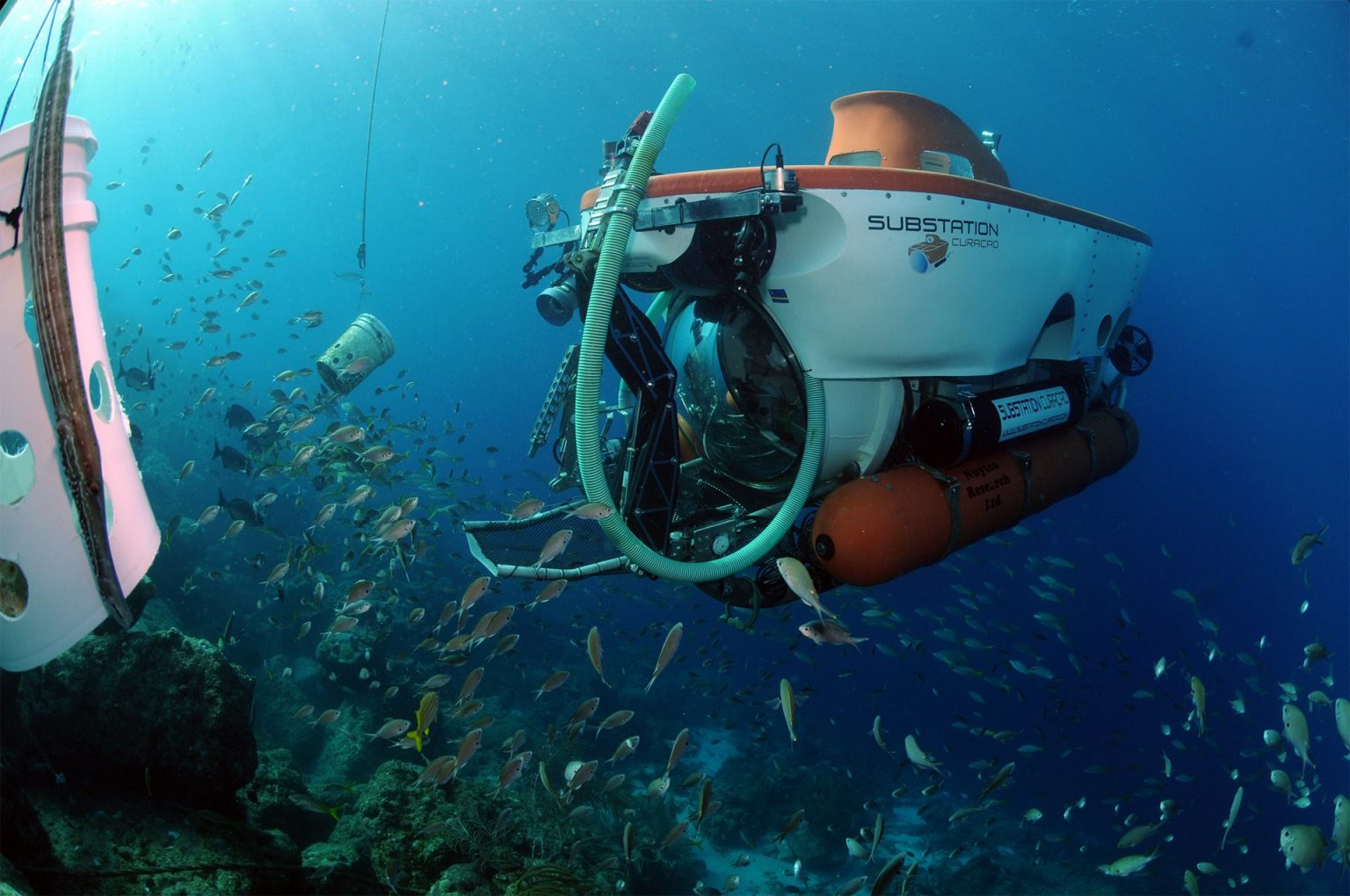 CuraSub taking researchers down to study while exploring the sea of Curaçao for extended periods of time to depths of 1000ft.