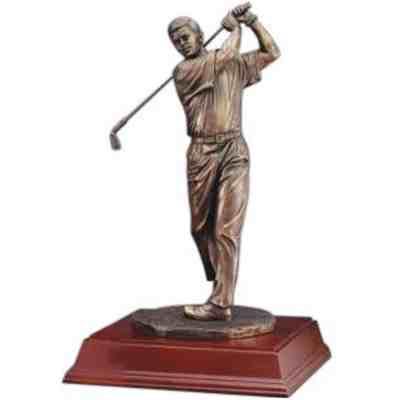 Majestic Bronze Golfer