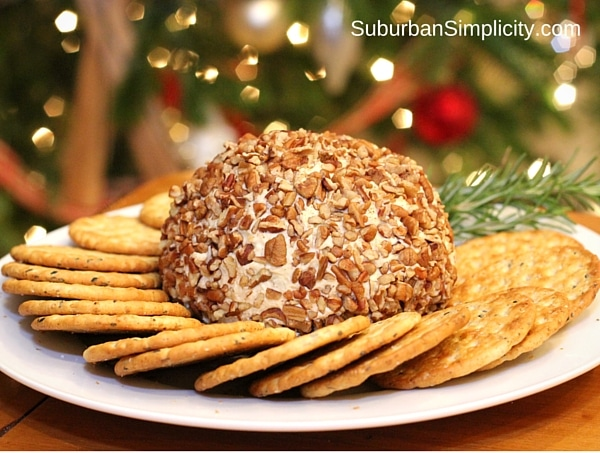 Blue Cheese and Pecan Cheese Ball