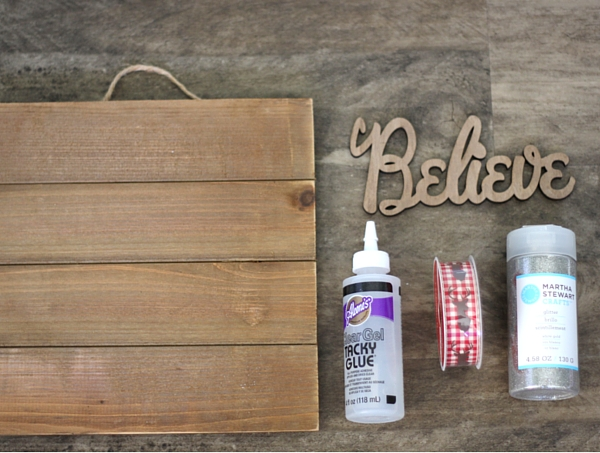 DIY Glitter Wood Sign