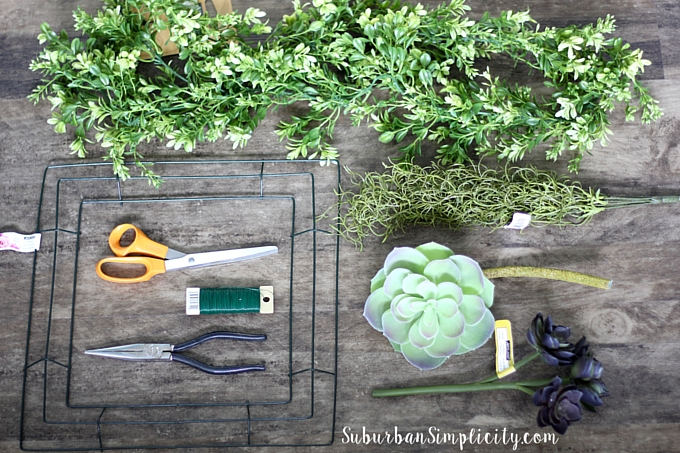 How to make a Succulent and Boxwood Wreath supplies