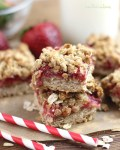 Easy Strawberry Oatmeal Bars filled with fresh strawberries and a delicious crumbly topping. A healthy breakfast or snack idea the whole family fall in love with!