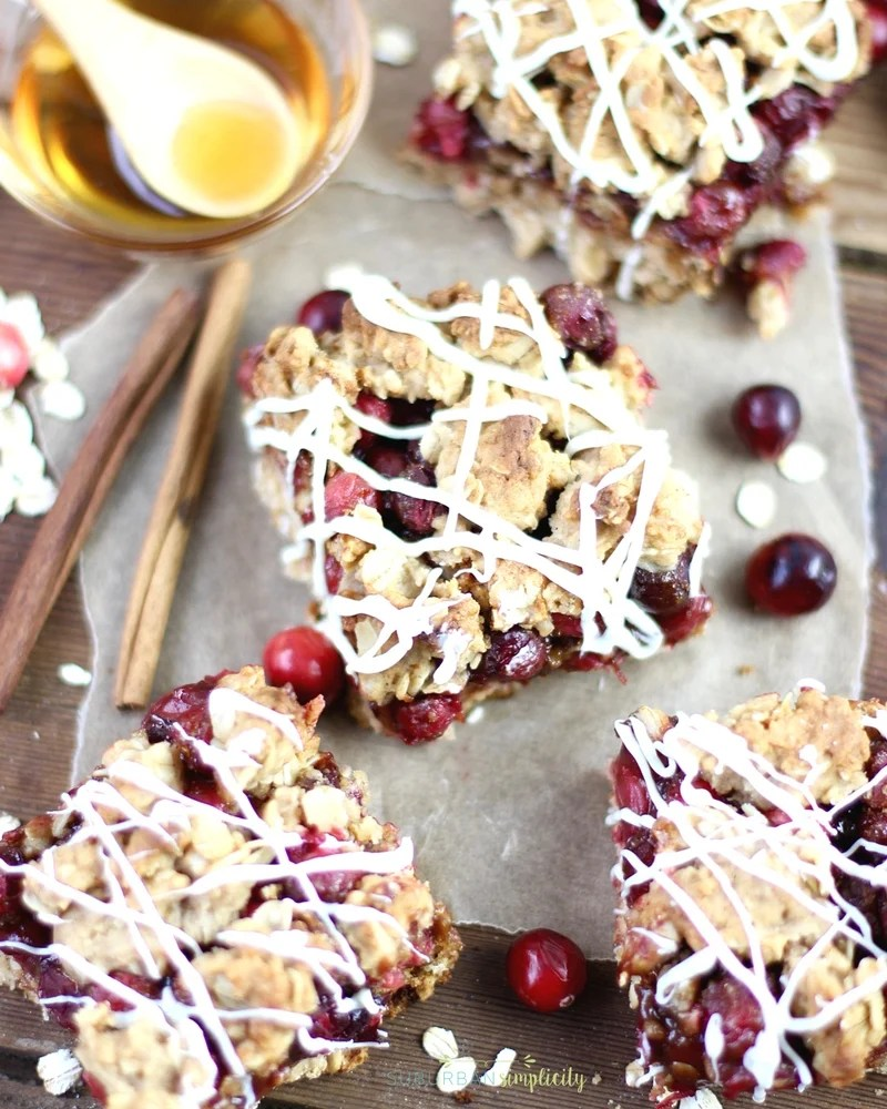 Cranberry Oatmeal Bars are the perfect breakfast or anytime snack idea.  Slightly sweet with a little tartness makes this recipe a winner! Plus, they're great for decorating! #cranberryrecipe