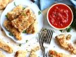Easy Chicken Tenders with marinara sauce