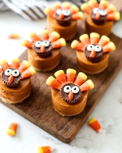 Pumpkin Pie Turkeys on a cutting board.