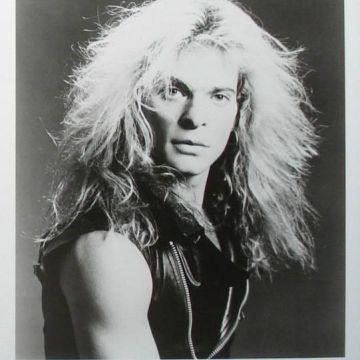 Thumbnail for Episode 288: Van Halen – 'Fair Warning,' 'Diver Down'
