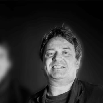 Thumbnail for Episode 557: Interview – The Chills' Martin Phillipps, Part 2