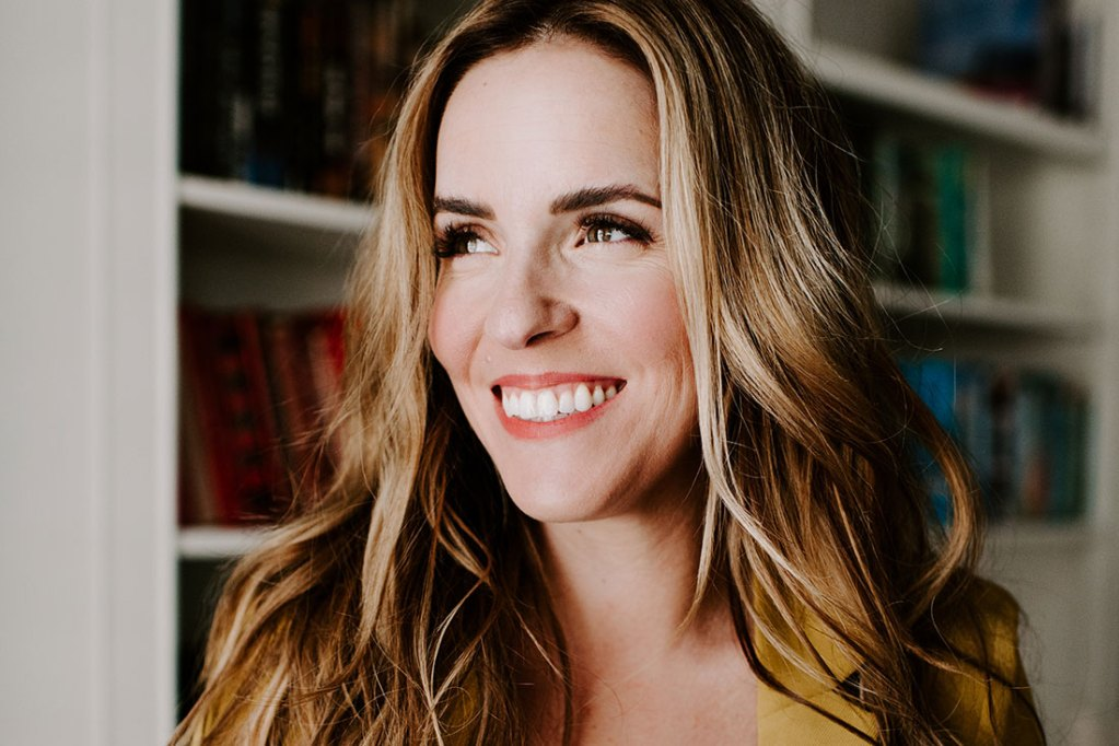 Rachel Hollis 5 Tips